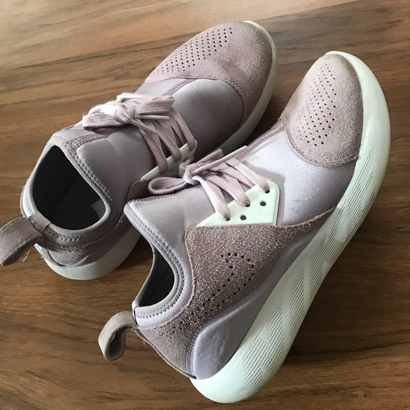 Nike Shoes   Freedom Slip On Sneakers